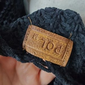 POL Sweaters - POL Black Knit Oversized Sweater Size Medium